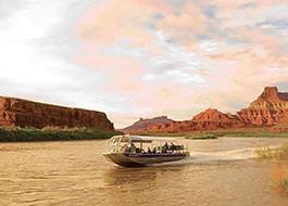Sunset and Dinner near Canyonlands by Jet Boat