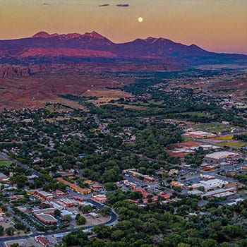 Moab Dusk Town La Sals
