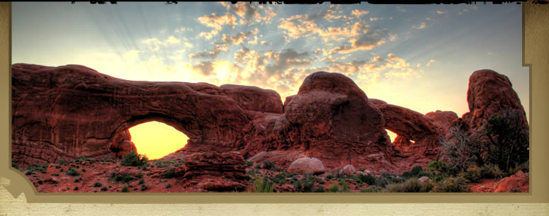 Learn about Arches National Park Sunset Bus Tour